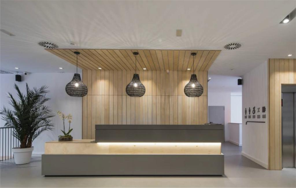 Reforma hotel Airiños renovación 3 estrellas - Recepción